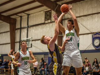 Paradise high school basketball team plays on after Camp Fire