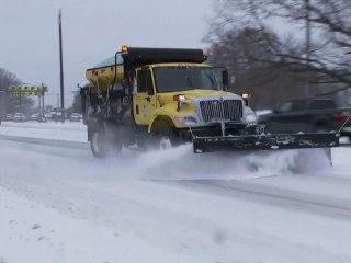 Deadly storm hits Southeast with snow and freezing rain