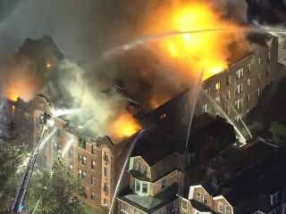 50 forced from apartments in massive Philadelphia fire