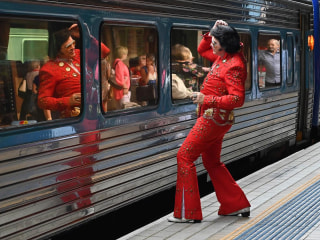 Elvis has left the station: Fans embark on pilgrimage to Australian Outback
