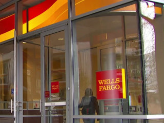 Wells Fargo outage impacts ATMS and online banking, frustrating customers