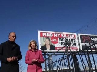 Three billboards in Baltimore: Woman hunts for twin's killer