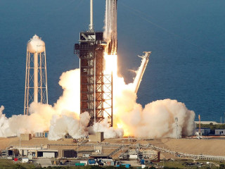 SpaceX launches Falcon Heavy rocket on first commercial flight