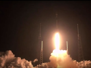 SpaceX deploys 60 Starlink satellites after successful launch