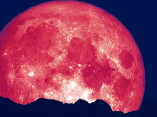 Why June's strawberry moon is the most colorful full moon of the year