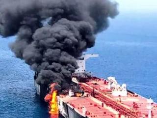 Trump blames oil tanker attacks on Iran, citing video evidence