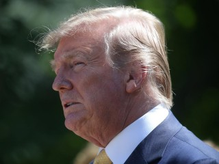Trump backtracks and says he would tell FBI if foreign governments offered dirt