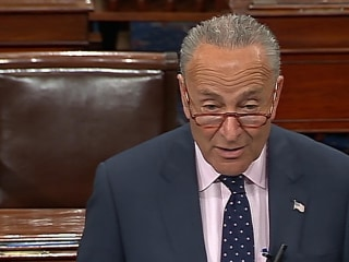 Schumer: 'Impossible for anyone to have confidence' in Acosta after Jeffrey Epstein deal