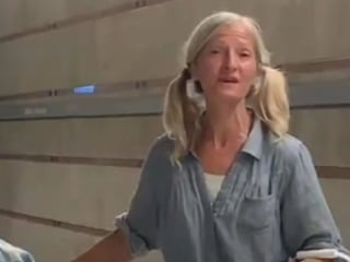 Video appears to show homeless woman singing in Los Angeles subway station