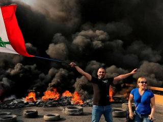 Protests sweep Lebanon for a second day