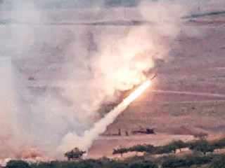 Turkey pounds Syrian border town with rockets, sends in fighters