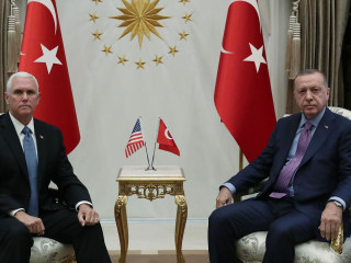 Pence meets with Erdogan to call for a ceasefire in Northern Syria