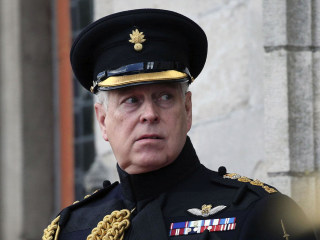 Prince Andrew addresses photo of him with Jeffrey Epstein accuser in BBC interview