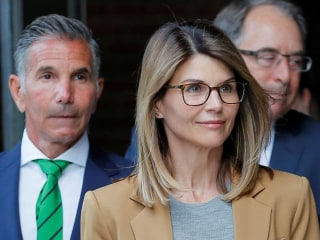 Lori Loughlin pleads not guilty to new college scandal charge