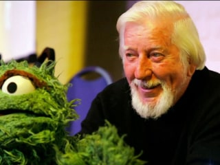 Caroll Spinney, puppeteer who brought Big Bird to life, dies at 85