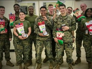 Young girl on a mission to send Christmas cheer to U.S. troops