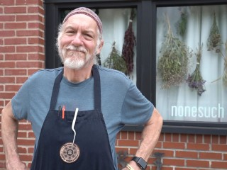 Meet the 66-year-old dentist who left it all behind to become a line cook