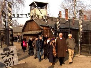 Auschwitz survivors return to Nazi death camp to mourn and to warn