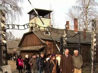 Holocaust survivors mark 75th anniversary of Auschwitz liberation