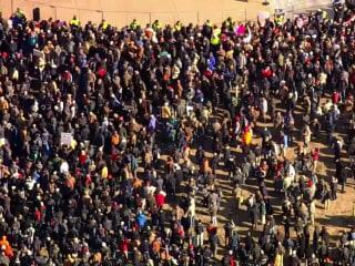 Virginia pro-gun rally draws thousands of protesters