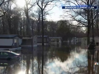 'Historic' flood emergency grows in the South