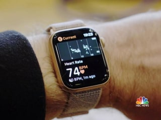 Teen says Apple Watch saved his life after heart rate spike