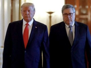 More than 1,000 former Justice Dept. officials call for AG Barr to resign