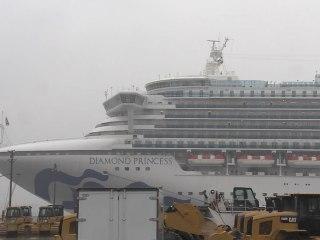 Coronavirus updates: Americans evacuated from cruise ship head to 14-day quarantine