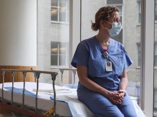 Doctors and nurses describe 'shocking' experience from the front lines