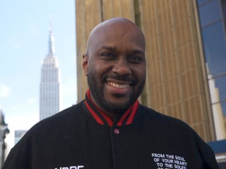 Meet the man providing clean sneakers to New Yorkers in need