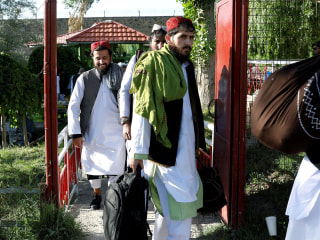 Afghan government releases 900 Taliban from prison as part of U.S. peace deal