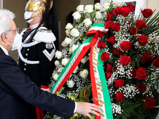 President Mattarella lays wreath for coronavirus victims on Italy's Republic Day