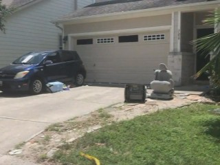 Family of 6 found dead in vehicle in San Antonio garage