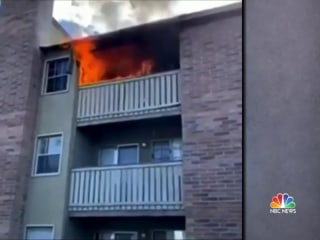 Two strangers become heroes after saving siblings from apartment fire