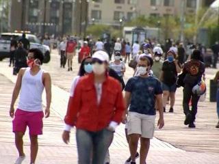 Pressure grows for nationwide mandate on masks