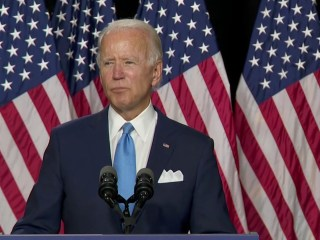 Biden praises Sen. Harris as 'someone who knows what's at stake' in the 2020 election