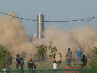SpaceX completes test for spacecraft prototype designed for Mars flight, 100 passengers