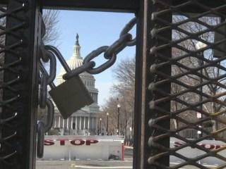Washington on lockdown, 13 states deploy National Guard ahead of inauguration