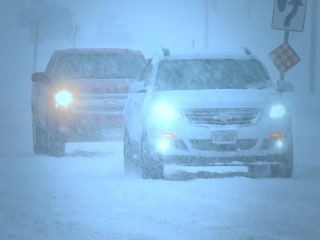 Storm brings heavy snow, dangerous ice, strong wind to Midwest