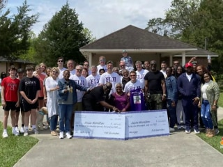 Fraternity surprises beloved cook by helping pay off mortgage
