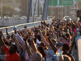 Charleston Comes Together In Stirring Show of Unity