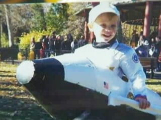 Boy, 6, launches petition to save NASA