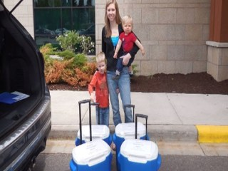 Wisconsin Mom Donates 29 Gallons of Breast Milk