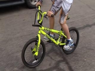 Cop Replaces Boy's Stolen Bike