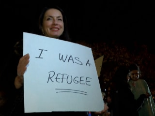 Louisville Holds Rally for Refugees