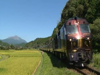 Luxury Trains Gain Ground In Japan