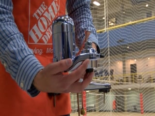Michigan Hands Out Water Filters Due to High Lead Levels