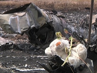 Malaysia Airlines Crash Investigators Arrive in Eastern Ukraine