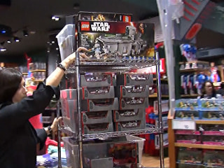 The Force is With Them: New York Shoppers Bag Star Wars Goodies