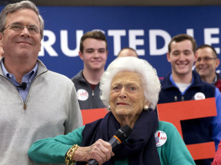 Barbara Bush Hit Campaign Trail With Jeb in N.H.